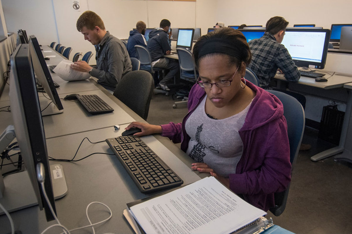 Seattle Central offers free coding course through TechHire grant
